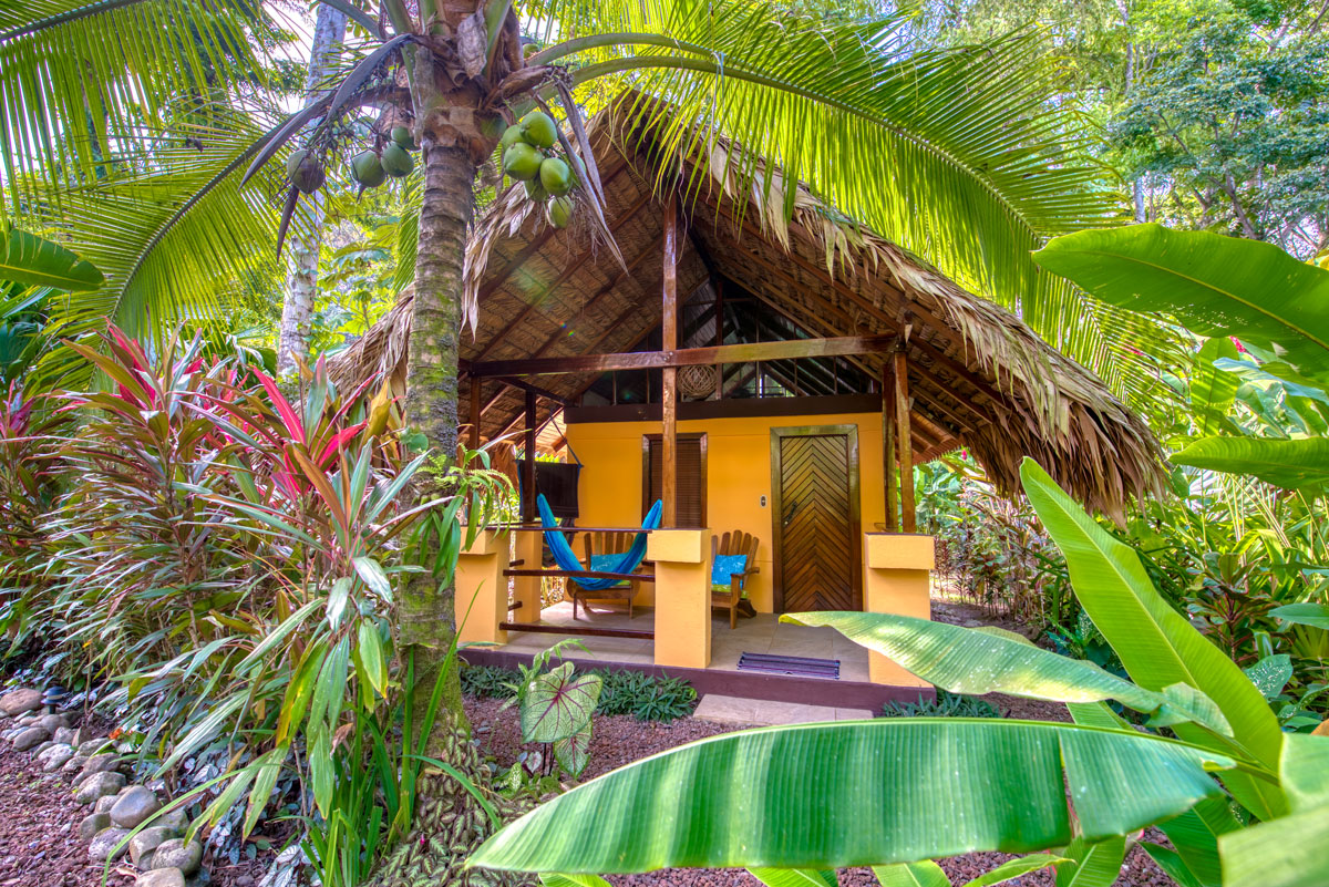 CARIBE TOWN HOTEL HONEYMOON BUNGALOW